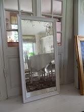 Fin Gammal Spegel