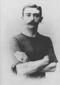 Barón Pierre de Coubertin de Francia fundador del COI en 1894.