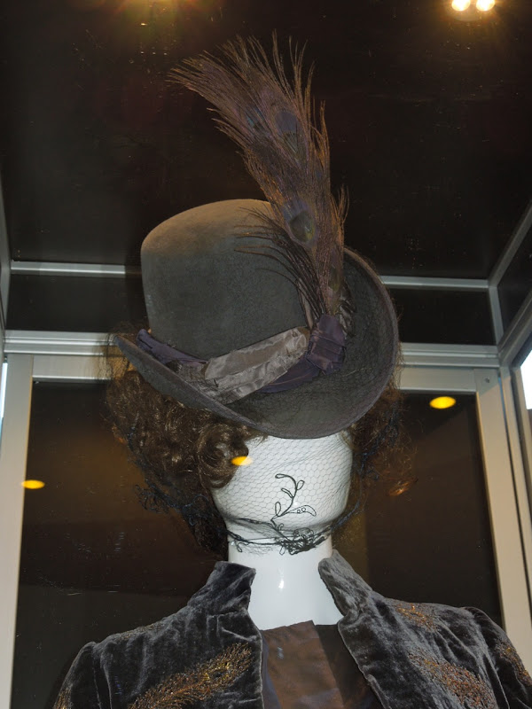 Anna Karenina movie peacock feather hat