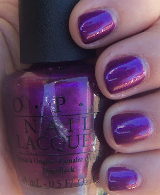 OPI Suzi & The 7 Dusseldorfs Shade