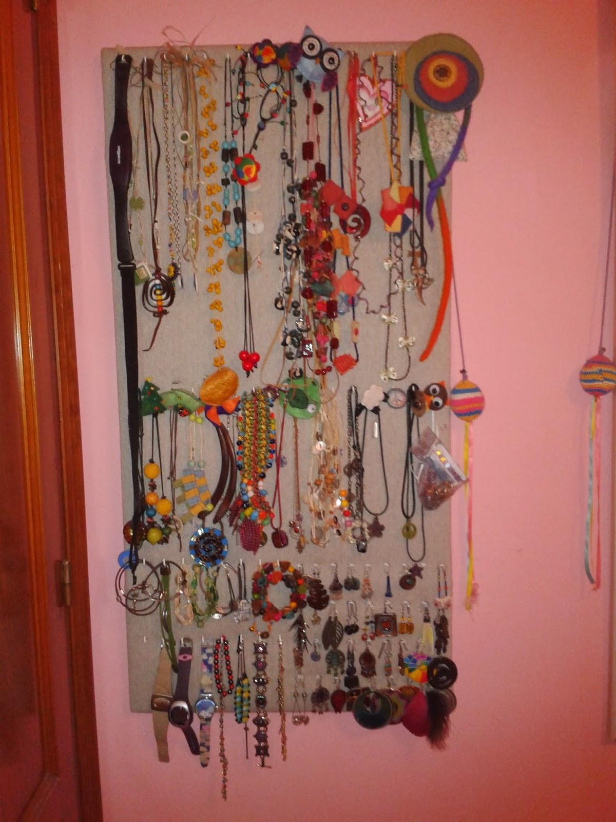 Colgador de collares pulseras y pendientes pro patri - Colgador de collares ...