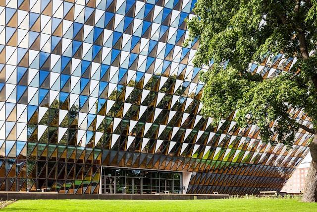09--Karolinska-Institutet-Aula-Medica-by-Wingårdh-Architects