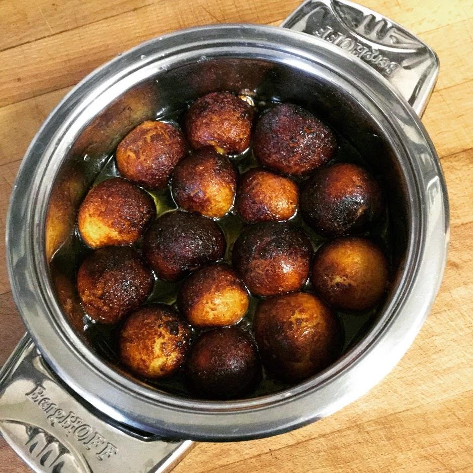 gulab Jamun (buñuelos En Almíbar Aromatizado)