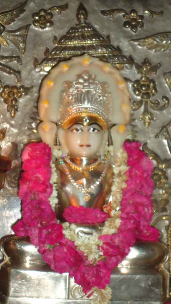 Parshwanath+bhagwan+photo