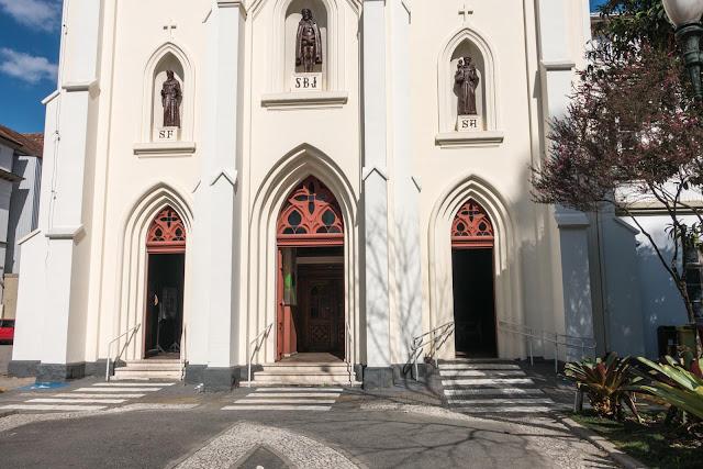 Igreja Bom Jesus dos Perdões, em Curitiba
