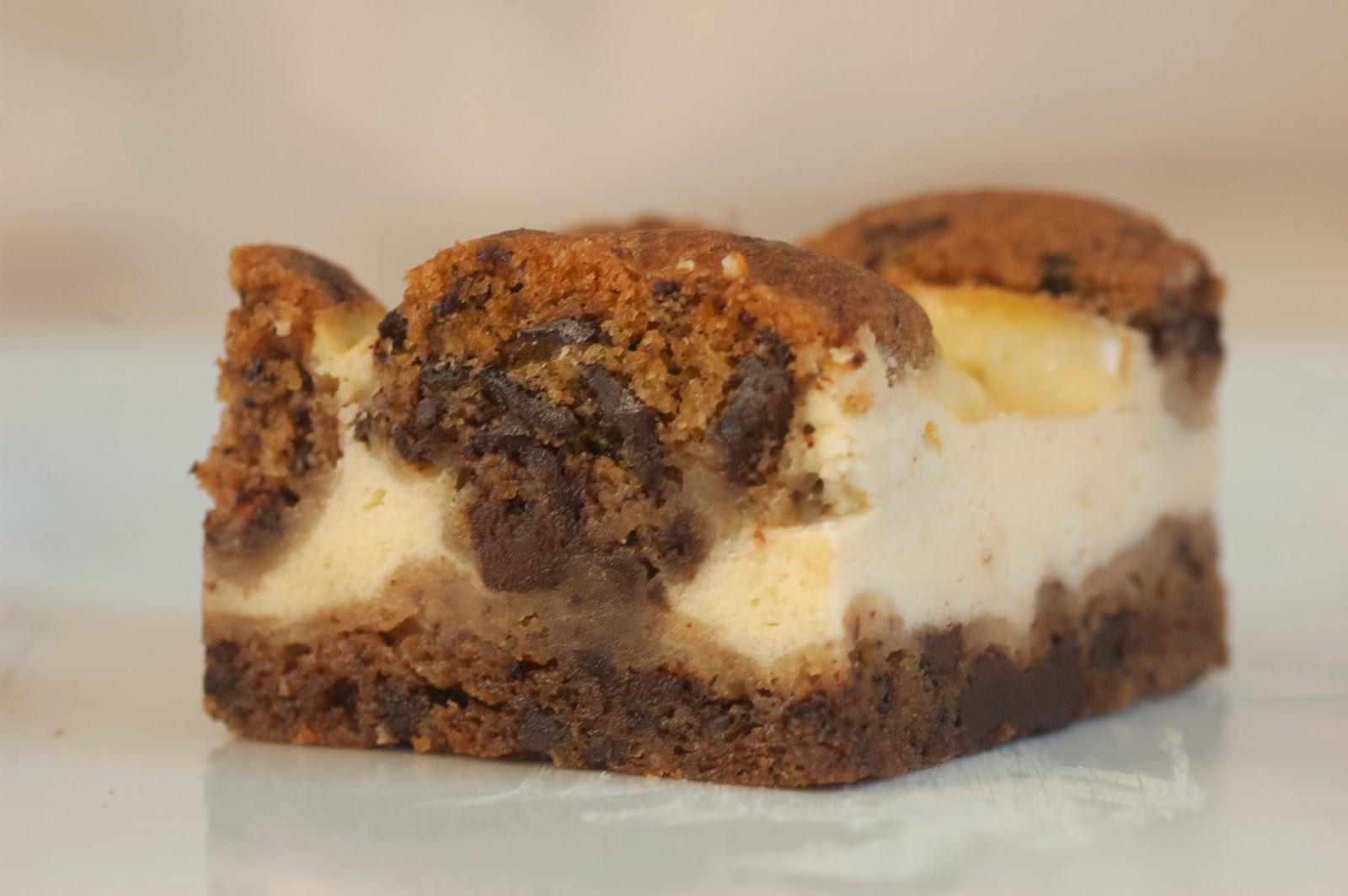 עוגת גבינה ובצק עוגיות
