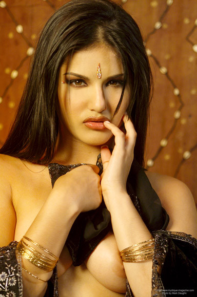 Nude Sunny Leone ~ Cool Babes & Celebrity