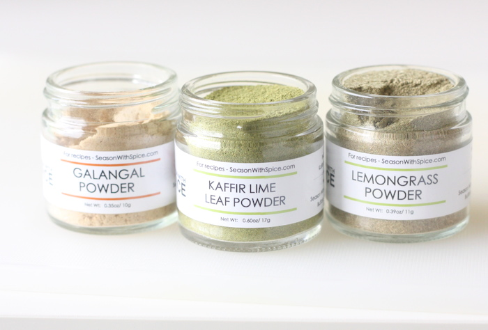 kaffir lime leaf powder, lemongrass powder and galangal powder at SeasonWithSpice.com