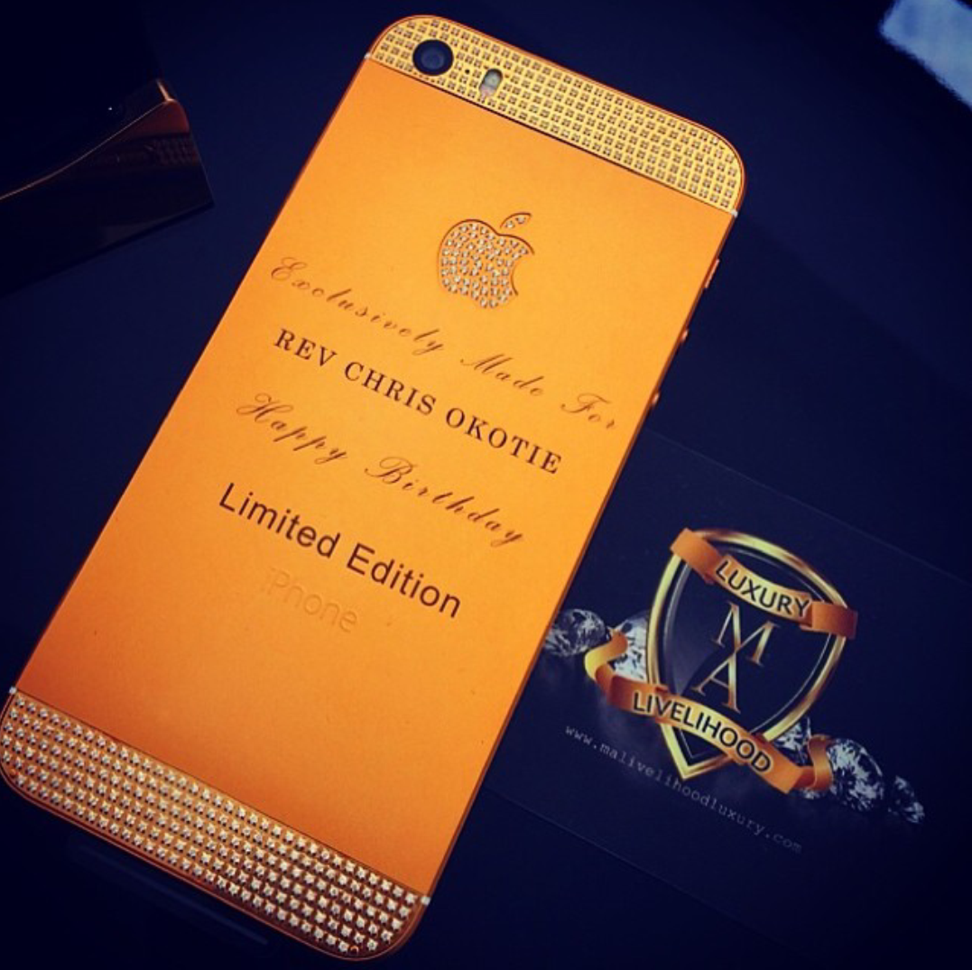 See Pastor Chris Okotie Gold Plated IPHONE.