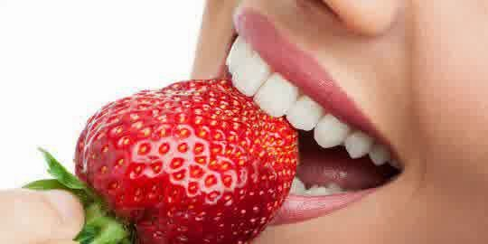 Benefits Strawberry For Natural Teeth Whitening