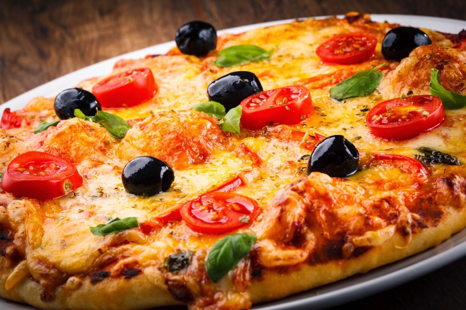 picca-blyudo-pomidory-kurica