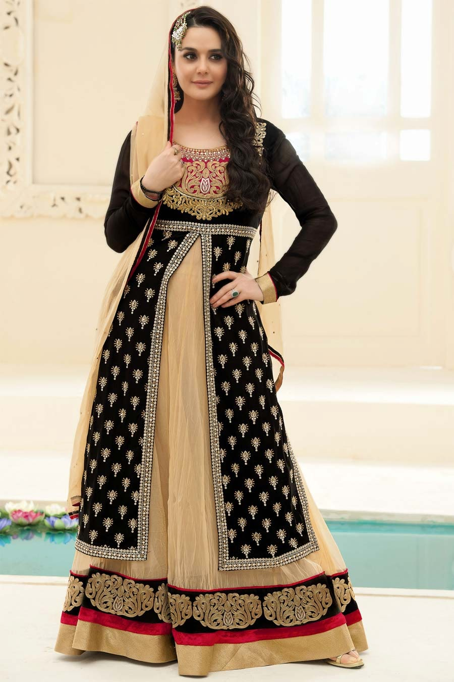 Preity Zinta In Designer Long Anarkali Salwar Kameez Pics 2014