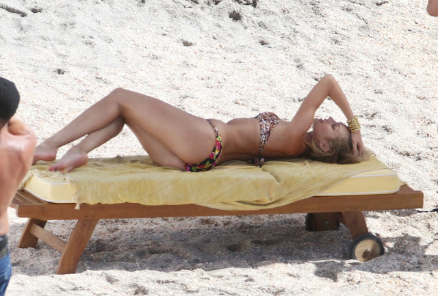Candice Swanepoel – Victoria's Secret Bikini Photoshoot Candids in St. Barts