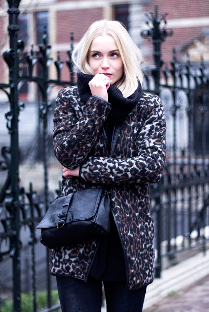 Fashion Attacks outfit ootd leopard Colors of Winter
