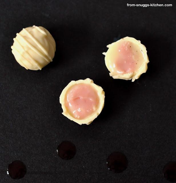 Erdbeer-Vanille-Kugeln