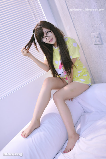 6 Ryu Ji Hye again - Cutie meet Glasses-very cute asian girl-girlcute4u.blogspot.com