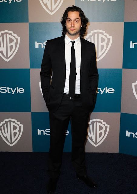 celebrity heights how tall are celebrities heights of celebrities how tall is chris d 39 elia. Black Bedroom Furniture Sets. Home Design Ideas