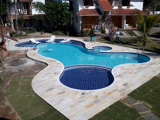 piscina azulejo concreto armado