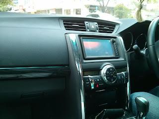 Rental Mobil TOYOTA MARK X di Jakarta