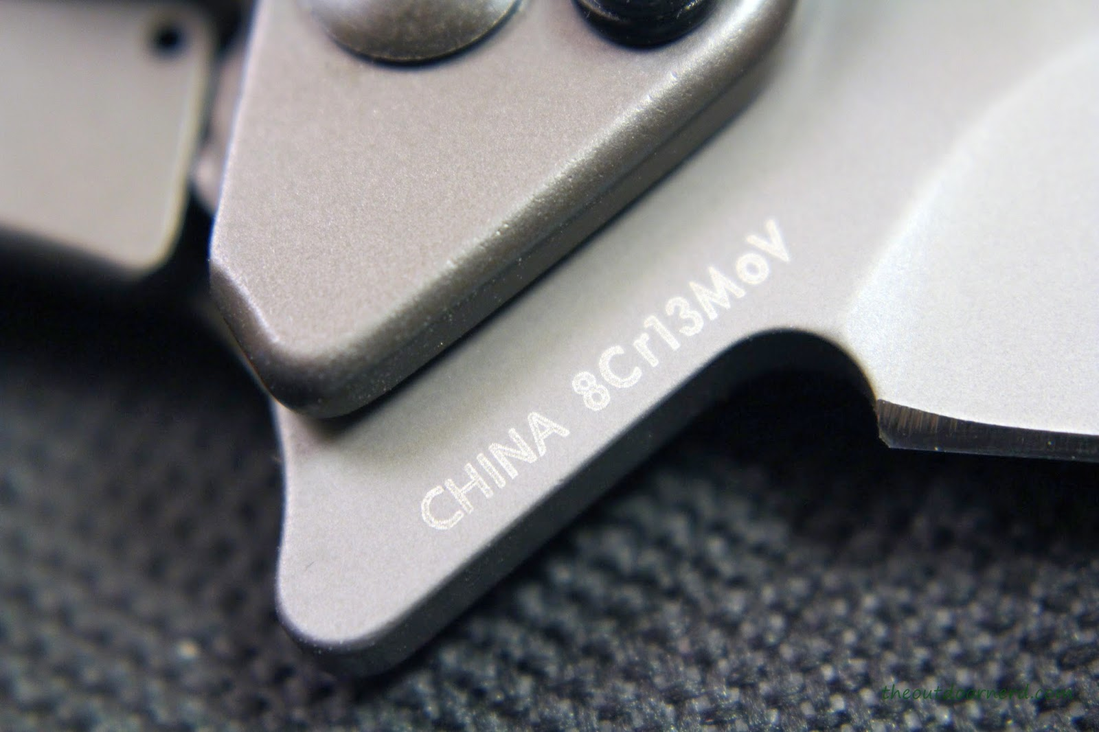 Kershaw Cryo EDC Pocket Knife: Closeup Of Flipper