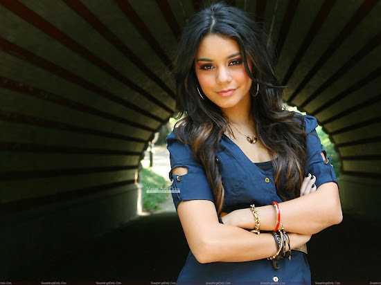 vanessa_anne_hudgens_HD_wide_wallpaper
