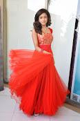 Vithika Sheru glamorous Photo shoot-thumbnail-1