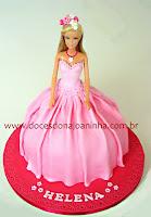 bolo decorado princesa barbie vestido cor de rosa