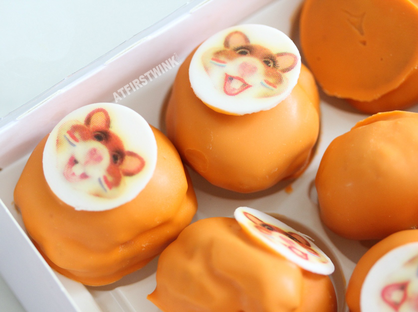 Albert Heijn oranje soesjes | Orange mini cream puffs