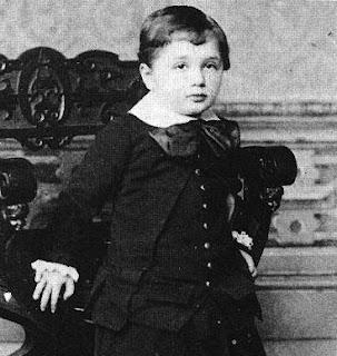 Masa Kecil Albert Einstein