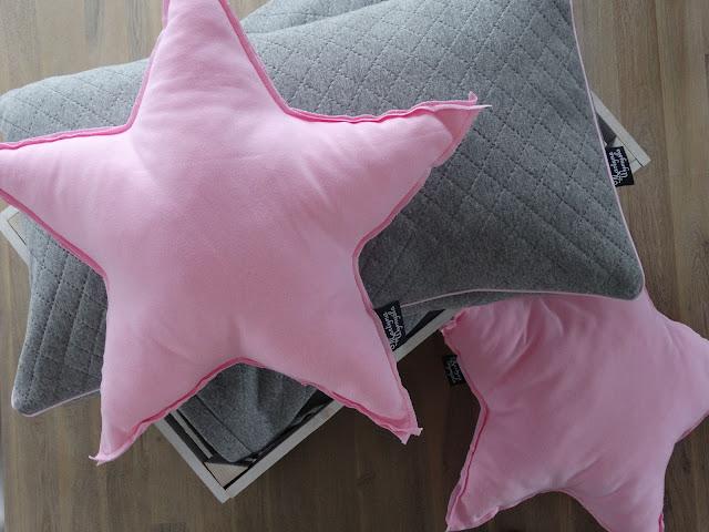 poduszki do pokoju dziewczynki