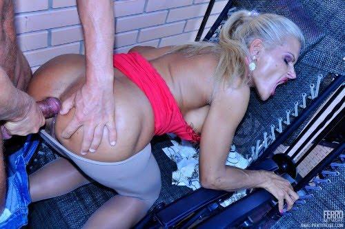 anal-na-balkone-porno-video