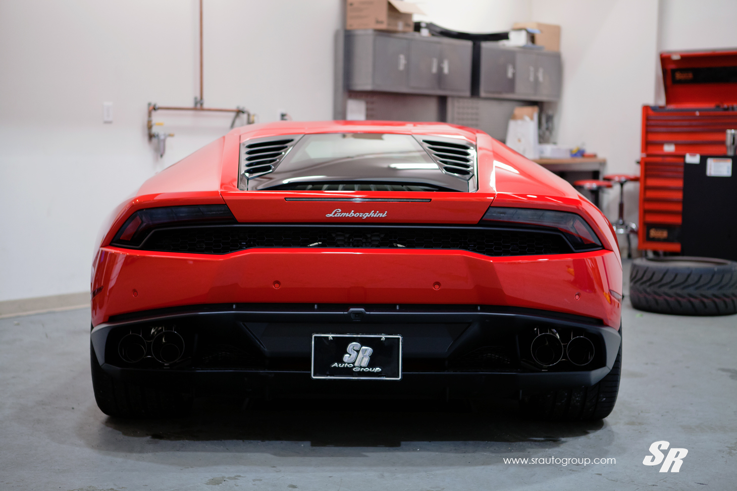 the gear shift lamborghini huracan with fie exhaust. Black Bedroom Furniture Sets. Home Design Ideas
