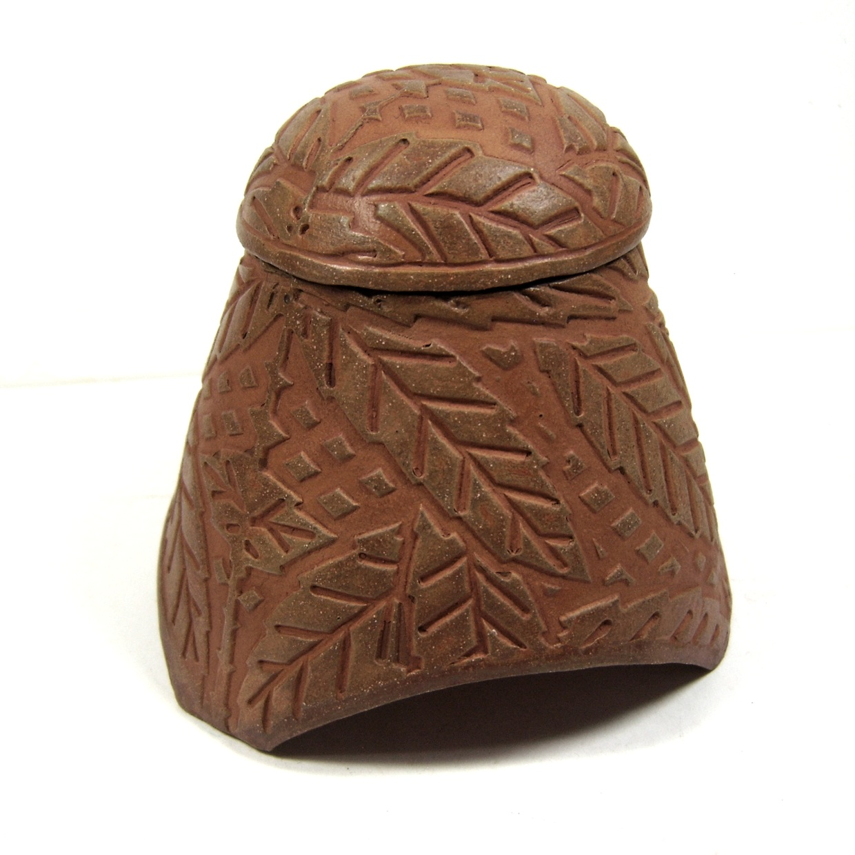 Dome Lidded Lattice Leaf Vessel