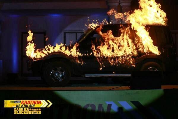 Fear Factor Khatron Ke Khiladi car burning in fire