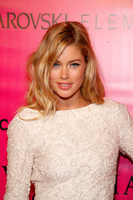 Doutzen Kroes Long Wavy Cut Lookbook