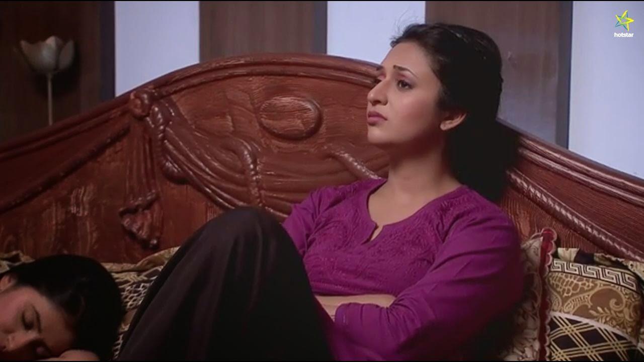 Ishika Lucknow Chikan Kurti - Yeh hai Mohabbatein