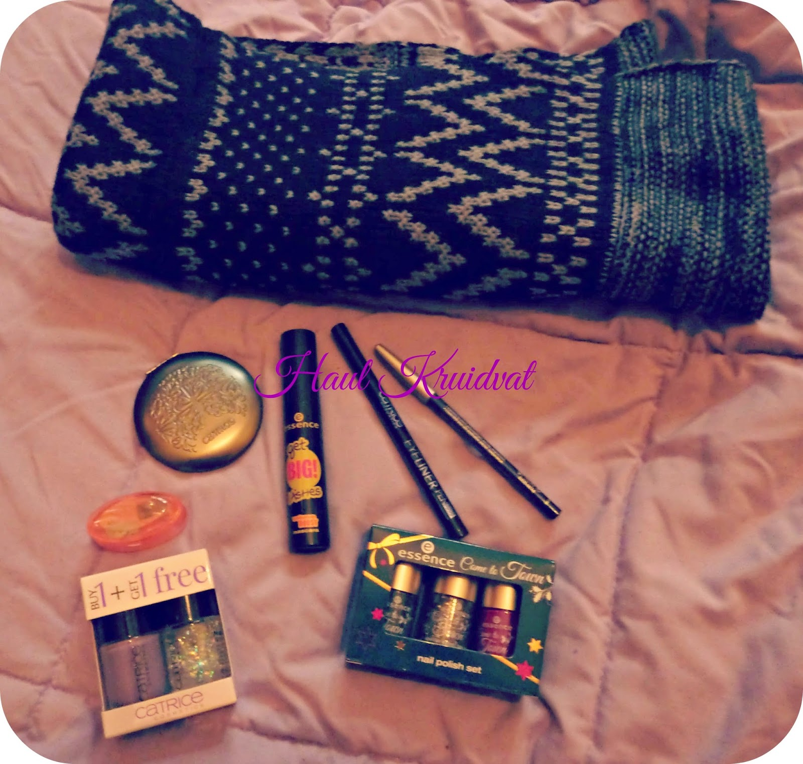 catrice, essence, snood, vernis, miroir, eye-liner, crayon