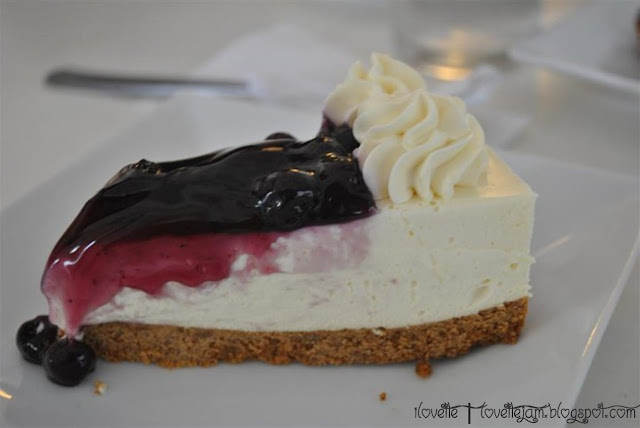 Aruma blueberry cheesecake | Travel Jams