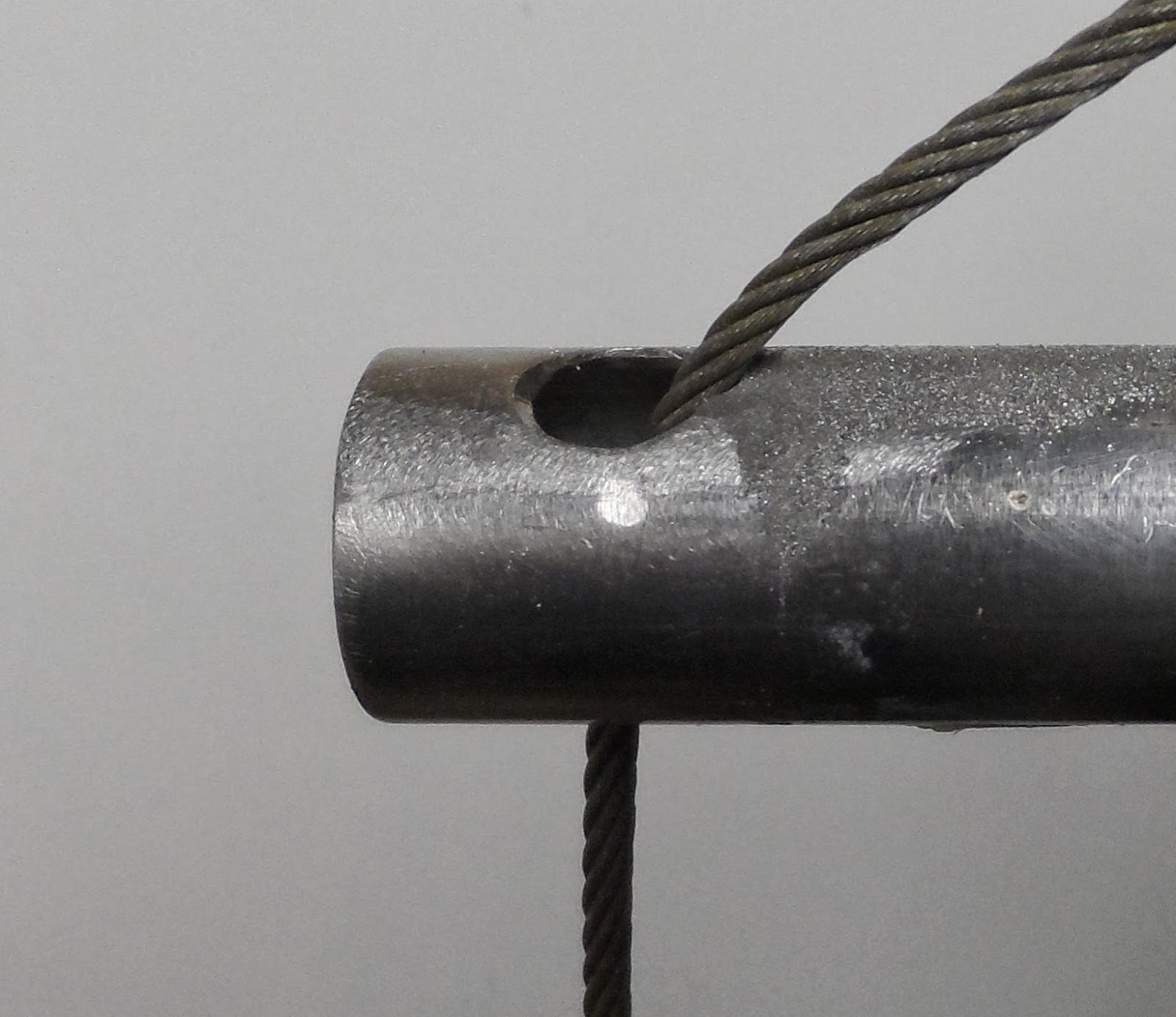 wire+vs+stanchion+003+low+res.jpg