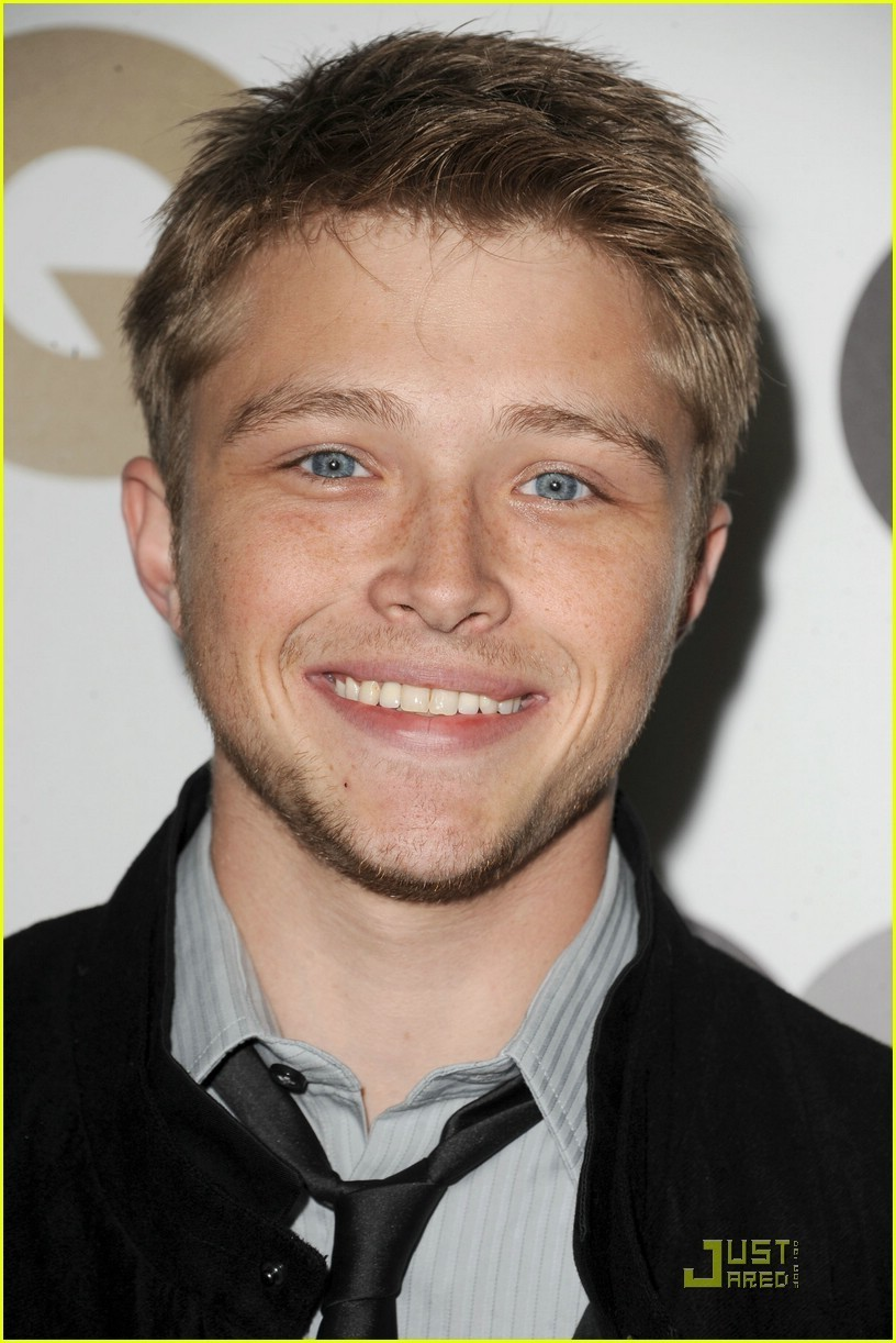 Sterling knight disney star universe for The sterling