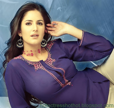 katrina kaif hot pics in blue top