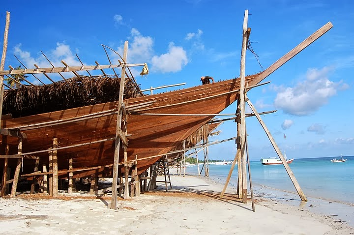 Kapal Pinisi Nusantara Berasal Dari Makasar