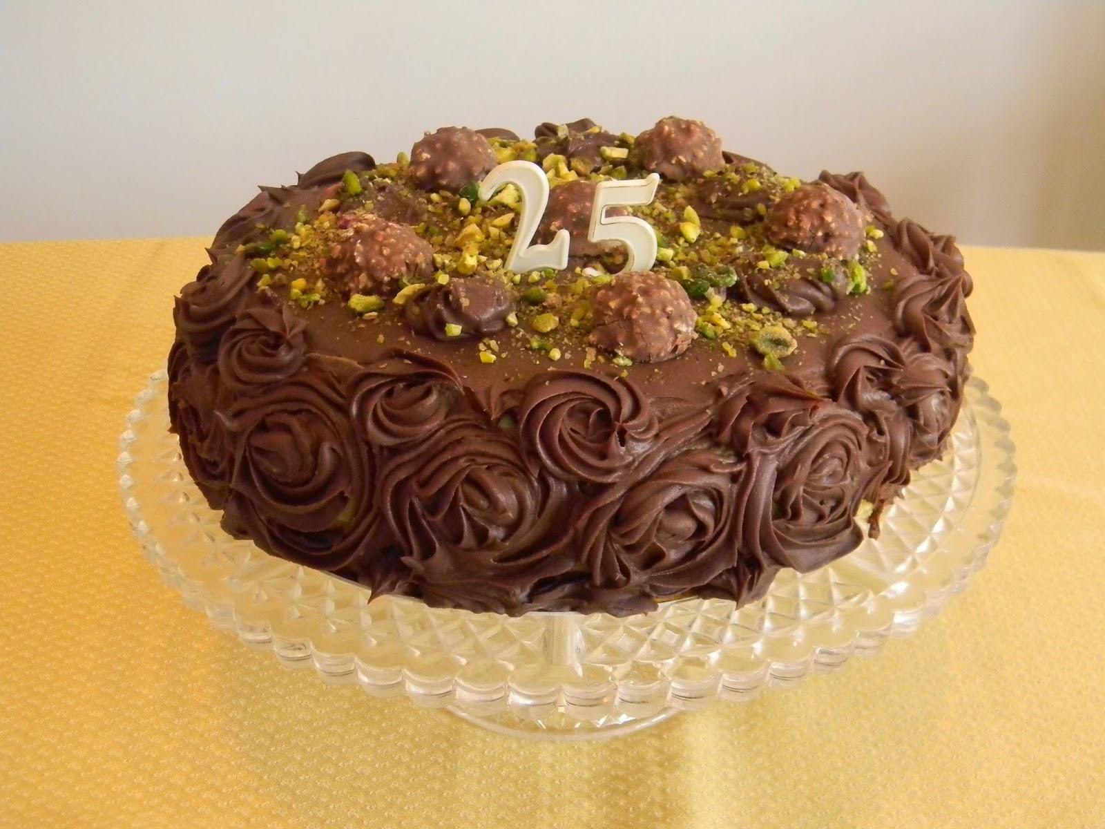 Polvere di cannella: torta al pistacchio e cioccolato