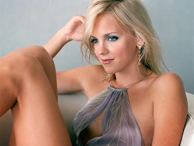 Anna Faris-Scary Movie Girl