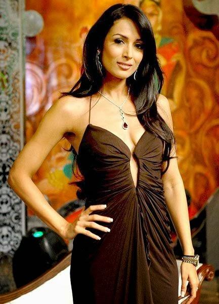 Malaika Arora Khan in Backless Gown latest hottest cross xxx nude photos