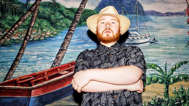 julio bashmore - Holding On feat. Sam Dew