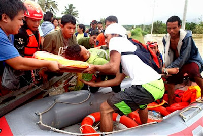 SEVERAS INUNDACIONES EN FILIPINAS 13 DE ENERO 2013