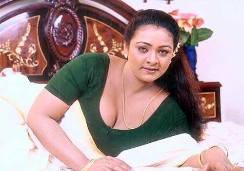 Sexy Malayalam hot actress Shakeela photos