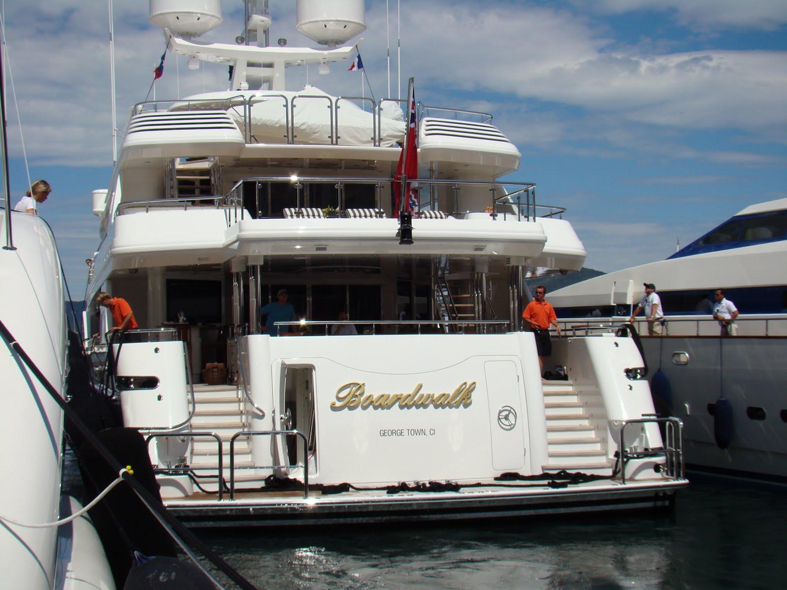 Superyachtfan Superyacht Boardwalk Tilman J Fertitta