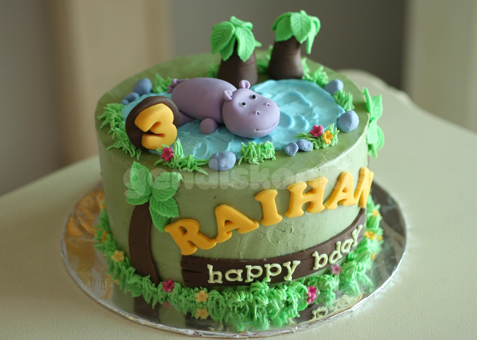 Gendiskoekis Hippo Birthday Cake